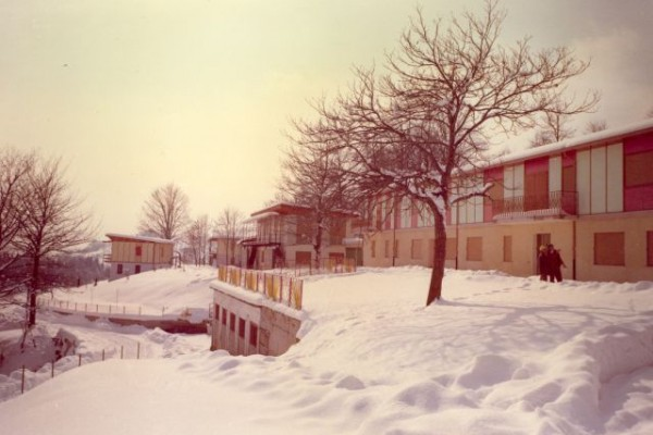 1969 - il villaggio a Bosco in abito invernale D
