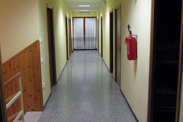 casa campi scout interni corridoio